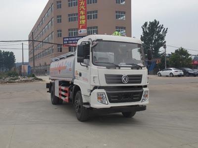 国五东风12.5方运油车